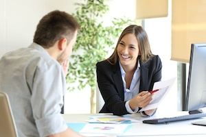 employee-assistance-program-boss-employee.jpg